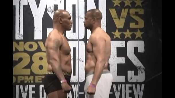 (Video) Mike Tyson i Roy Jones Jr. prošli vagu, Tyson teži za 5 kg